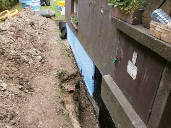 Drenaż izolacja pionowa z ociepleniem fundamentów styropianem Bielsko Biała