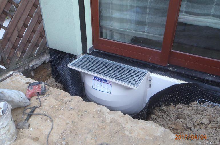 Izolacja fundamentu oraz montaż doświetlacza Tychy